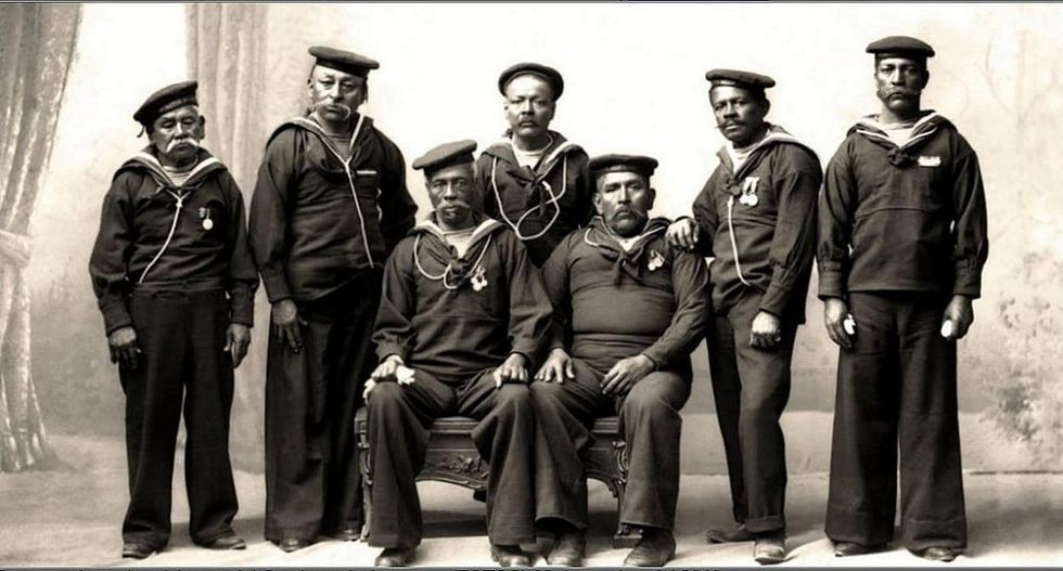 Veteranos sobrevivientes del monitor Huáscar.