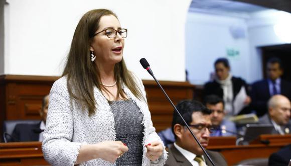 """""""No nos dejemos engañar. El pueblo debe saber dónde está realmente la corrupción"""", indicó Bartra. (Foto: Congreso)"""