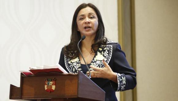 Marisol Espinoza es la única vicepresidenta del país. (Percy Ramírez)