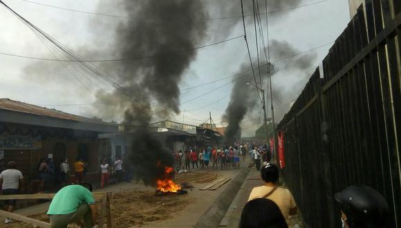 Loreto: Manifestantes exigen cambio de directora en UGEL y MP investigará disturbios   VIDEO