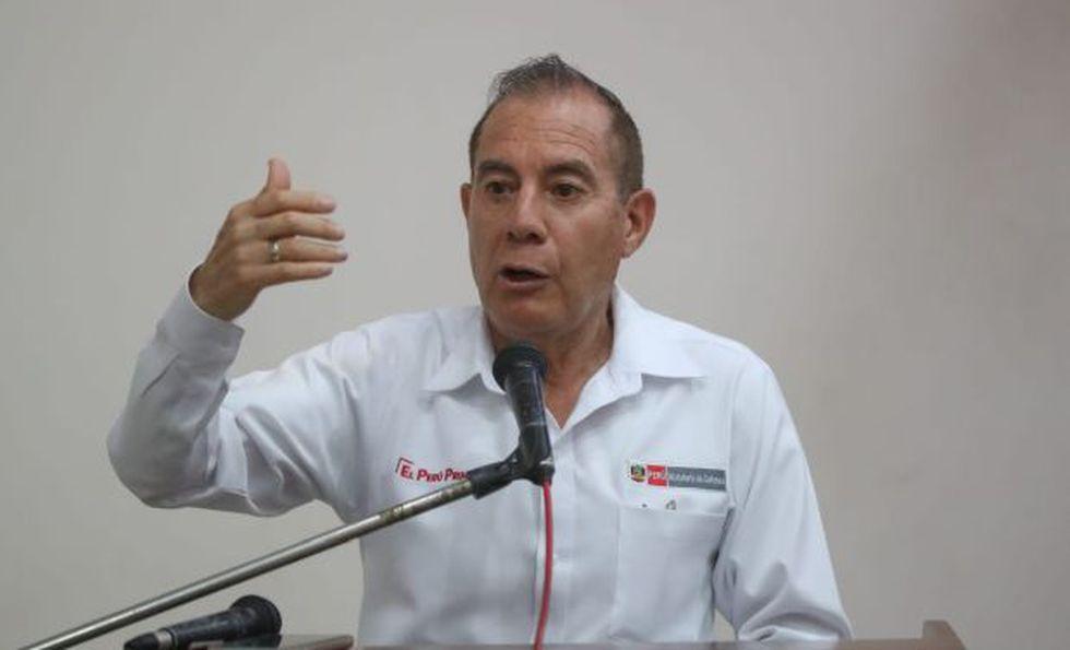 Walter Martos es ministro de Defensa desde octubre de 2019.