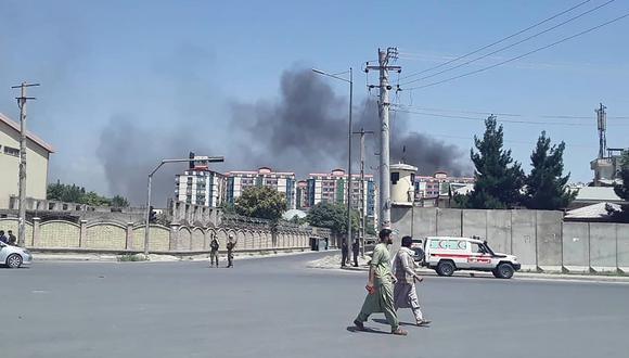 La deflagración se produjo a la hora punta cerca de las oficinas de la cadena Shamshad TV. (Foto: AFP)