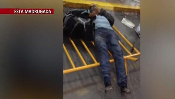 Anciano fue atropellado por un bus al interior del Terminal de Yerbateros. (Foto: captura)