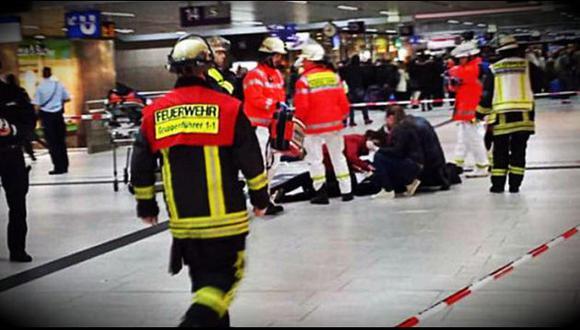 Al menos cinco personas resultaron heridas en estación de tren (El Clarín).