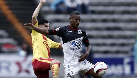 Advíncula y Aquino regresan al equipo titular de los Lobos BUAP tras sus ausencias frente al Toluca. (EFE)