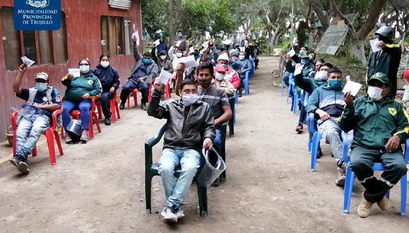 Trujillo: Entregan bono simbólico a 74 recicladores formales afectados por la pandemia (Foto: Municipalidad de Trujillo)