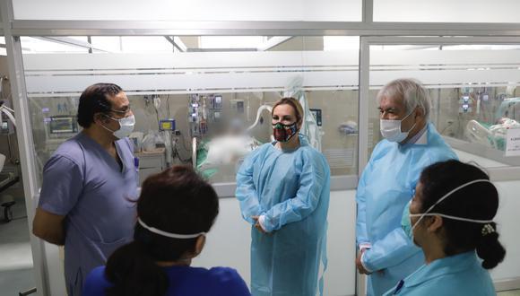 EsSalud costeará gastos de joven en UCI y presidenta visitó a heridos durante protestas (Foto: EsSalud)