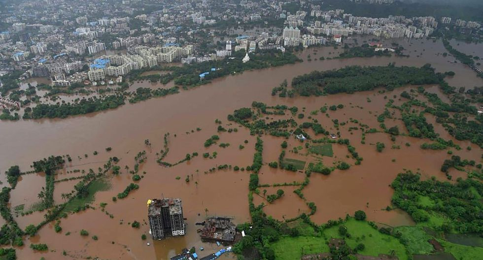 Sin embargo,solo recorrió 60 kilómetros antes de quedar paralizado por las inundaciones que provocaron las lluvias torrenciales. (Foto: AFP)