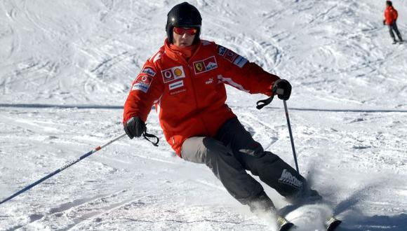 Michael Schumacher: Familia entrega cámara que llevaba en el casco. (Reuters)