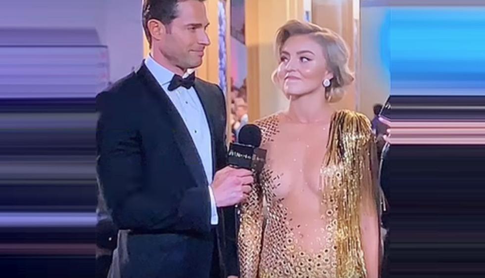 Angelique Boyer llegó a la ceremonia de los Premios TVyNovelas usando su vestido al revés. (Foto: Captura de video)