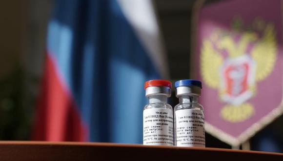 La Organización Mundial de la Salud (OMS) recibió con cautela la noticia de que Rusia había registrado la primera vacuna del mundo contra la COVID-19. (Foto: EFE/EPA/MINZDRAV)