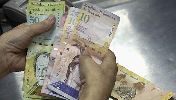 Maduro dice que promoverá revolución bancaria. (Reuters)