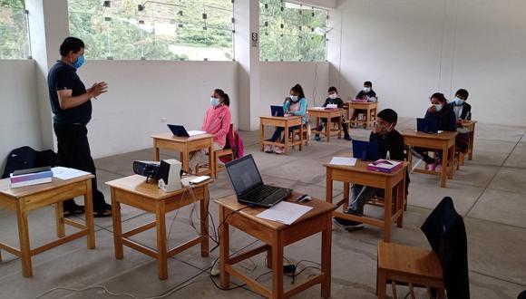 Algunas regiones del país ya iniciaron con el sistema de clases semipresenciales. (Foto: Minedu)