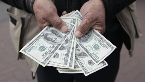 Dólar ya subió 8.3% en el año. (USI)