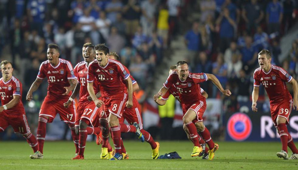 Al final del partido, el Bayern Munich celebró con el título de la Supercopa. (AFP)