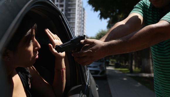 DESPROTEGIDOS. Los especialistas advierten que, a este paso, podríamos llegar a los grados de violencia que se viven en otros países. (David Vexelman)