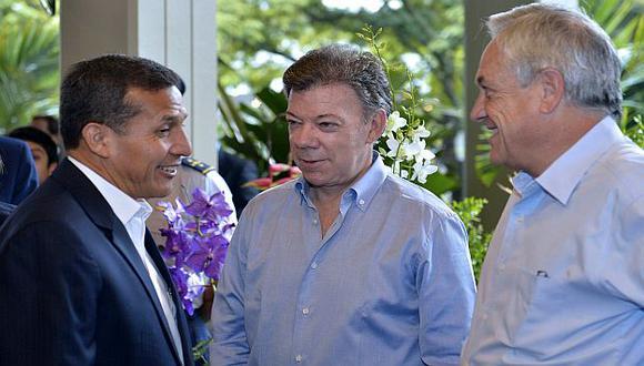 Humala, Santos y Piñera desayunaron juntos en una cita distendida. (EFE)