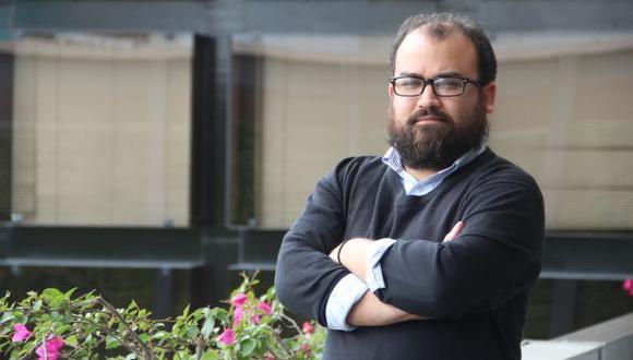 Juan Carlos Ladines,  internacionalista.