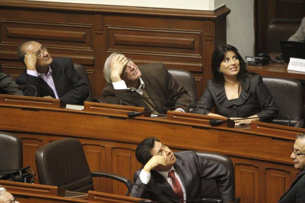 Víctor Andrés García Belaunde se abstuvo pese a sus críticas previas al ministro Mayorga. (Martín Pauca)