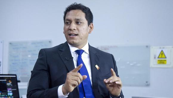 La propuesta de Luis Valdez establece que la PCM debe homogenizar los sueldos de los altos funcionarios públicos. (Foto: GEC)