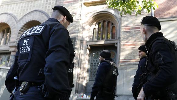 Policía de Alemania halló a menor desaparecido hace dos años cuando registraba casa de sospechoso de pedofilia. (Foto referencial: AFP/Archivo)