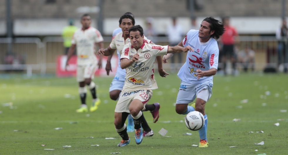 SE DIO UN PASEO. El uruguayo jugó como extremo izquierdo y fue una pesadilla para los rivales. (David Vexelman)