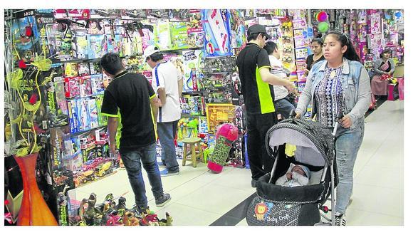 En general, el 83% de consumidores compra juguetes pagando en efectivo, según Kantar. (FOTOS Y VIDEO)