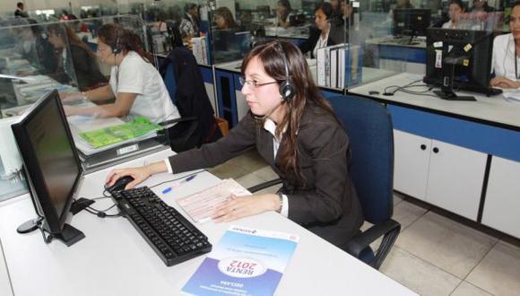 Víctimas de desigualdad. Pese a los avances logrados, las peruanas aún son marginadas en el trabajo y en el espacio público. (USI)