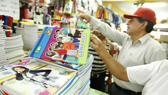 Familias prefieren ir directamente al distribuidor a comprar lo necesario para sus hijos. (USI)