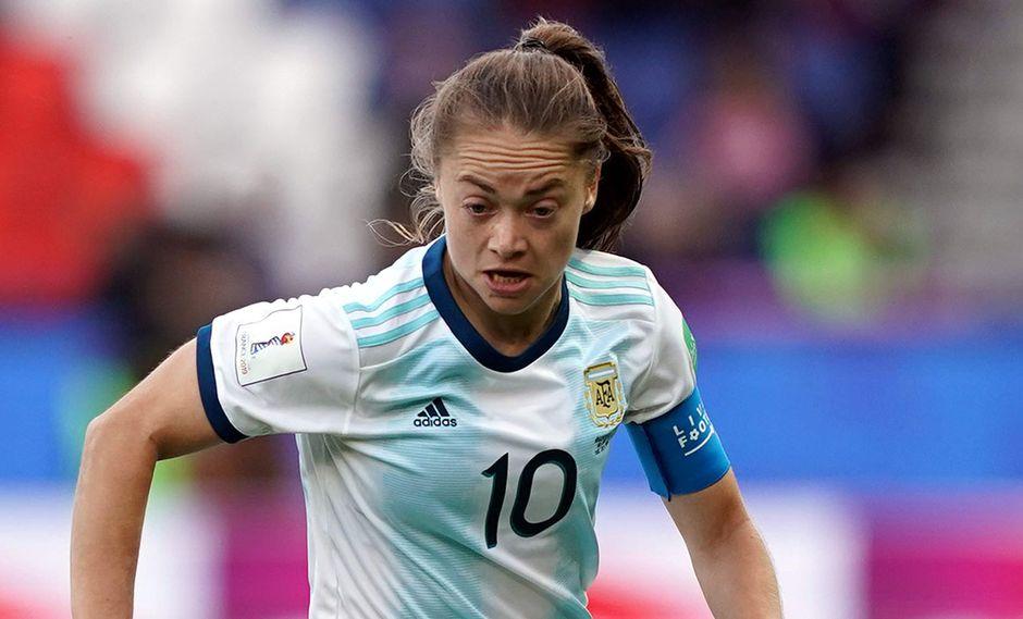 Argentina enfrenta a Inglaterra por el Mundial Femenino Francia 2019. (Foto: AFP)
