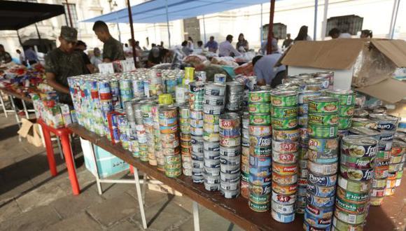 Especialista recomienda a las personas damnificadas consumir pescado para tener energía. (Anthony Niño de Guzmán)