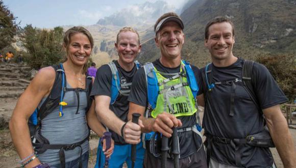 Dan Berlin realizó una impresionante hazaña en el Camino Inca acompañado de sus guías (Yahoo News)