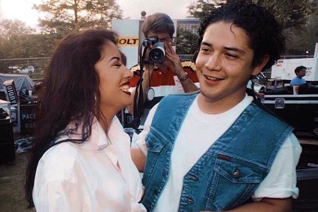 Selena Quintanilla e Chris Perez si sono sposati quando lei aveva 20 anni e lui 22.  (Foto: Reina Selena/Instagram)