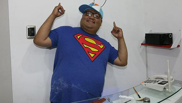 Alfredo Benavides le pidió al público adecuarse a que _El especial del humor_ se emita los sábados a las 7 p.m. (USI)