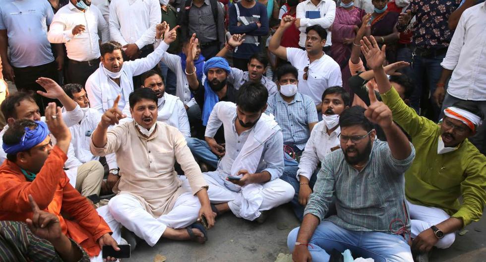 India: Indignación tras violación en grupo y asesinato de joven de la casta dalit [FOTOS]