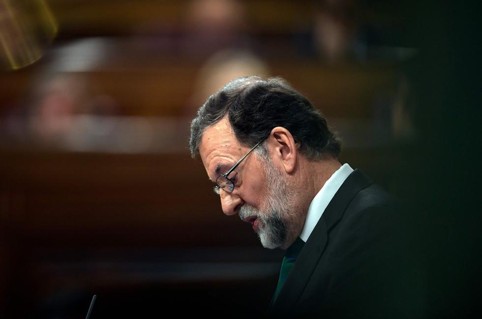 El ex jefe del gobierno español fue retirado del cargo, tras una moción de censura presentada por el Partido Socialista Obrero Español. (AFP)