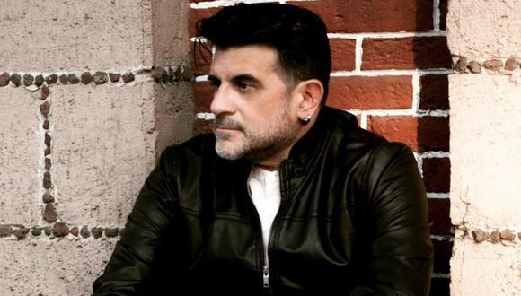 """El actor y productor musical peruano Rik Núñez es quien vida a 'Aurelio' en """"Luis Miguel, la serie"""". (Foto: @rik_nunez)"""