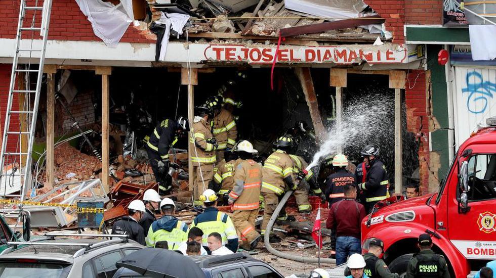 Cuatro personas murieron y alrededor de 30 resultaron heridas, entre ellas 18 menores de edad, por una explosión el viernes en una fábrica en la que se manipulaba pólvora. (Foto: EFE)