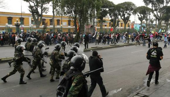 Las protestas y la respuesta policial afectan a comercios. (Nancy Dueñas)