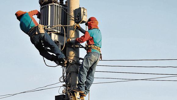 Carlos Gomero, socio de LQG Energy and Mining Consultig, sostuvo que la demanda eléctrica demorará en el sector comercial debido a que no se reabren algunas actividades. (Foto: GEC)