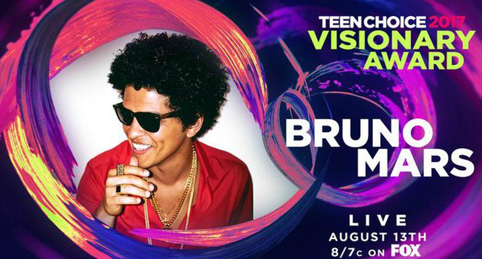 Bruno Mars recibió el Visionary Award en los Teen Choice (@BrunoMars)