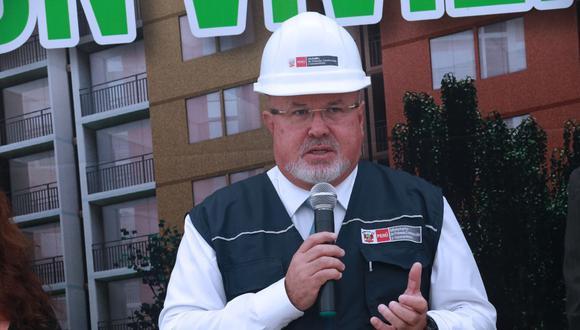 CARLOS Bruce (Difusión)