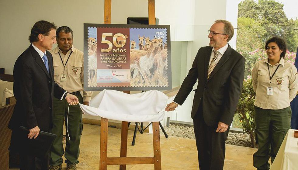 Un total de 10,000 estampillas de colección mostrarán la imagen de las vicuñas, especie bandera rescatada y recuperada en la Reserva Nacional Pampa Galeras-Bárbara D'Achille, ubicada en Ayacucho. (Andina)