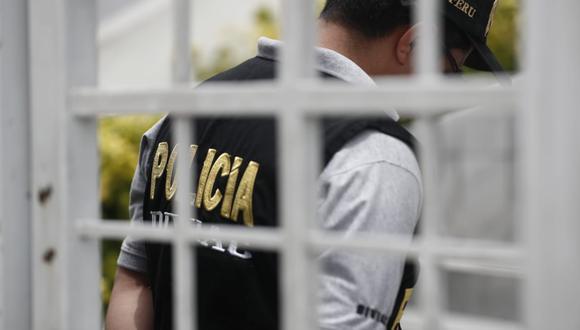 El fiscal José Domingo Pérez participó en el allanamiento del estudio Oré Guardia, al cual pertenece el abogado Edward García Navarro, quien defendió a Keiko Fujimori. (Foto: Renzo Salazar)