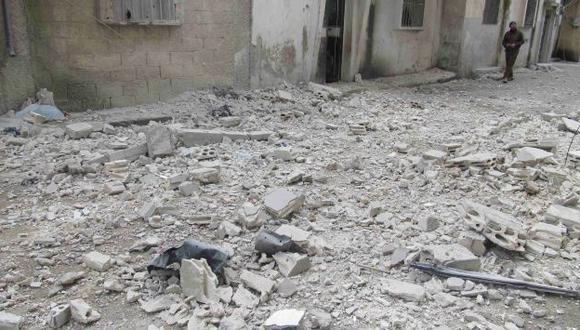 Destrucción y muerte en Homs. (Reuters)