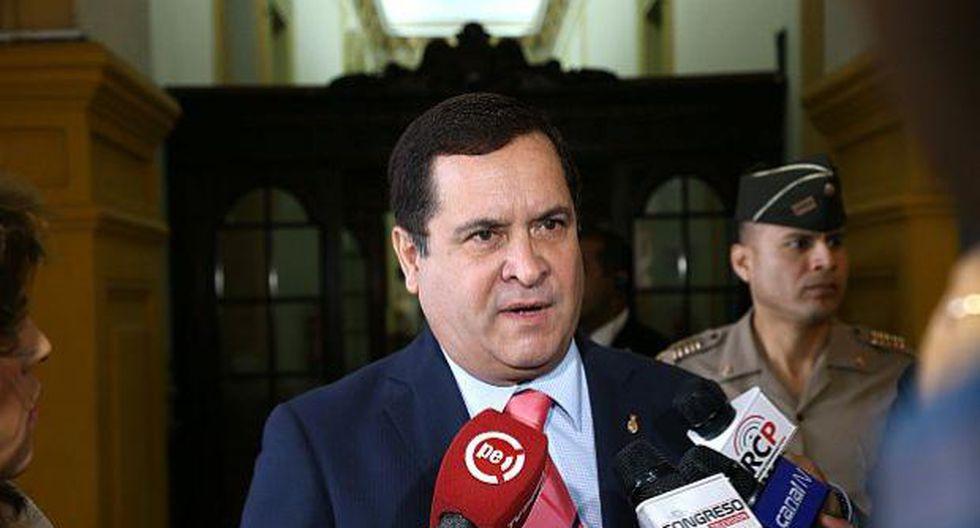 Luis Iberico dijo estar de acuerdo con muchas de las propuestas de reforma política propuesta por el Ejecutivo. Lamentó, en ese sentido, que la misma se defina con votos y no con razones concretas. (Foto: GEC)