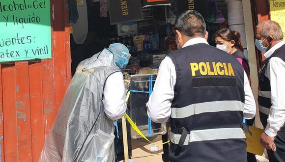 Arequipa: Intervienen cuatro establecimientos comerciales, en el Cercado, donde vendían alcohol adulterado.