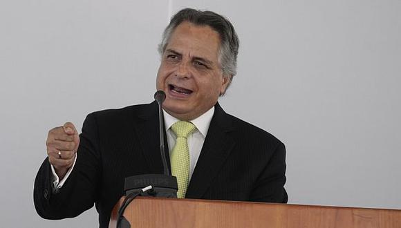 Manuel Rodríguez Cuadros señaló que gobierno de Bachelet debe satisfacciones. (Rafael Cornejo)