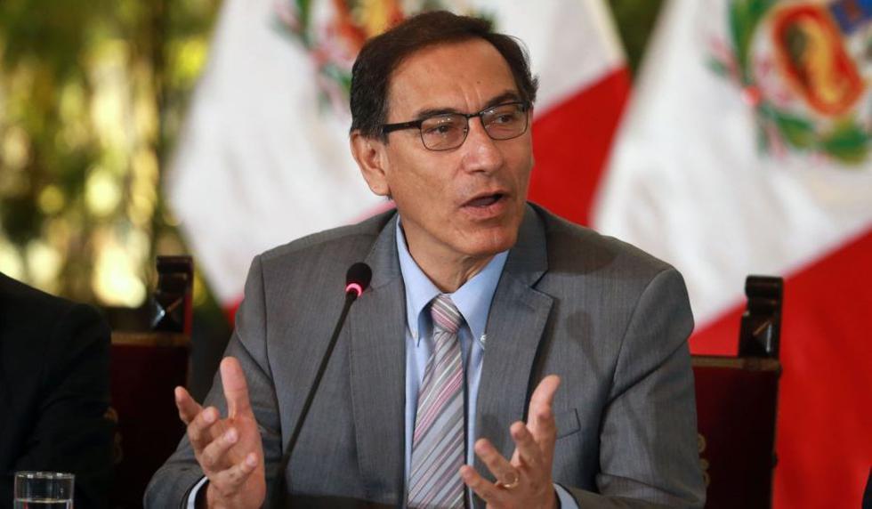 Martín Vizcarra sostuvo una cita con los integrantes de Peruanos por el Kambio. (USI)