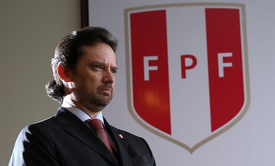 Juan Matute, secretario general de la FPF, recibe duros dardos de la ADFP. (Foto: El Comercio/Alonso Chero)
